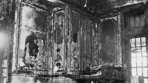 Executive Mansion 1961 fire damage in the drawing room