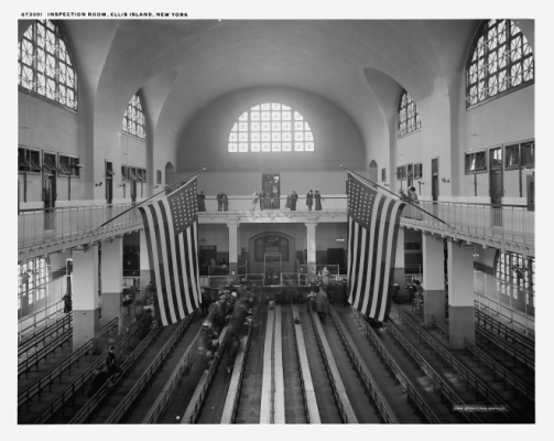 Photograph of the Great Hall on Ellis Island.